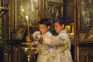 copii-in-biserica