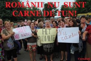 protest-cernauti-impotriva-anti-incorporarea-tinerilor-romani-la-razboi-ucraina-sua-ue-rusia-oculta-mondiala-noua-ordine-mondiala-nu-vrem-razboi-romania-neutra-2