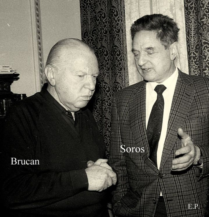 https://searchnewsglobal.files.wordpress.com/2015/05/silviu-brucan-si-george-soros-la-sediul-gds-ian-1990-foto-emanuel-parvu-1.jpg