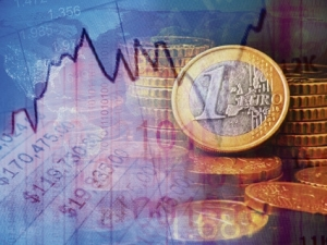 Trecem+la+euro.+Sunt+mai+avantajoase+creditele+%C3%AEn+euro+sau+%C3%AEn+lei+pe+termen+lung%3F_482761